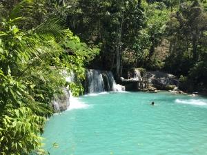 Filipijnen waterval Siquijor