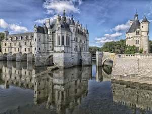 Chateau de Chenonceau by Yvan Lastes