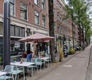 Amsterdam Straatwandeling Czaar Peterstraat met kids