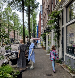 Straatwandeling Czaar Peterstraat Met Kids