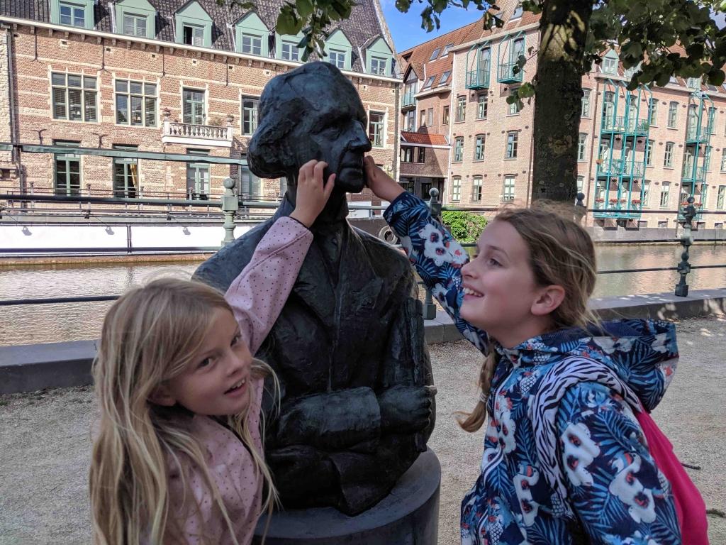 statue in Mechelen city
