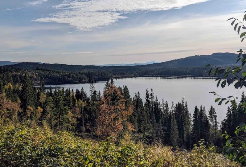 Lian lake