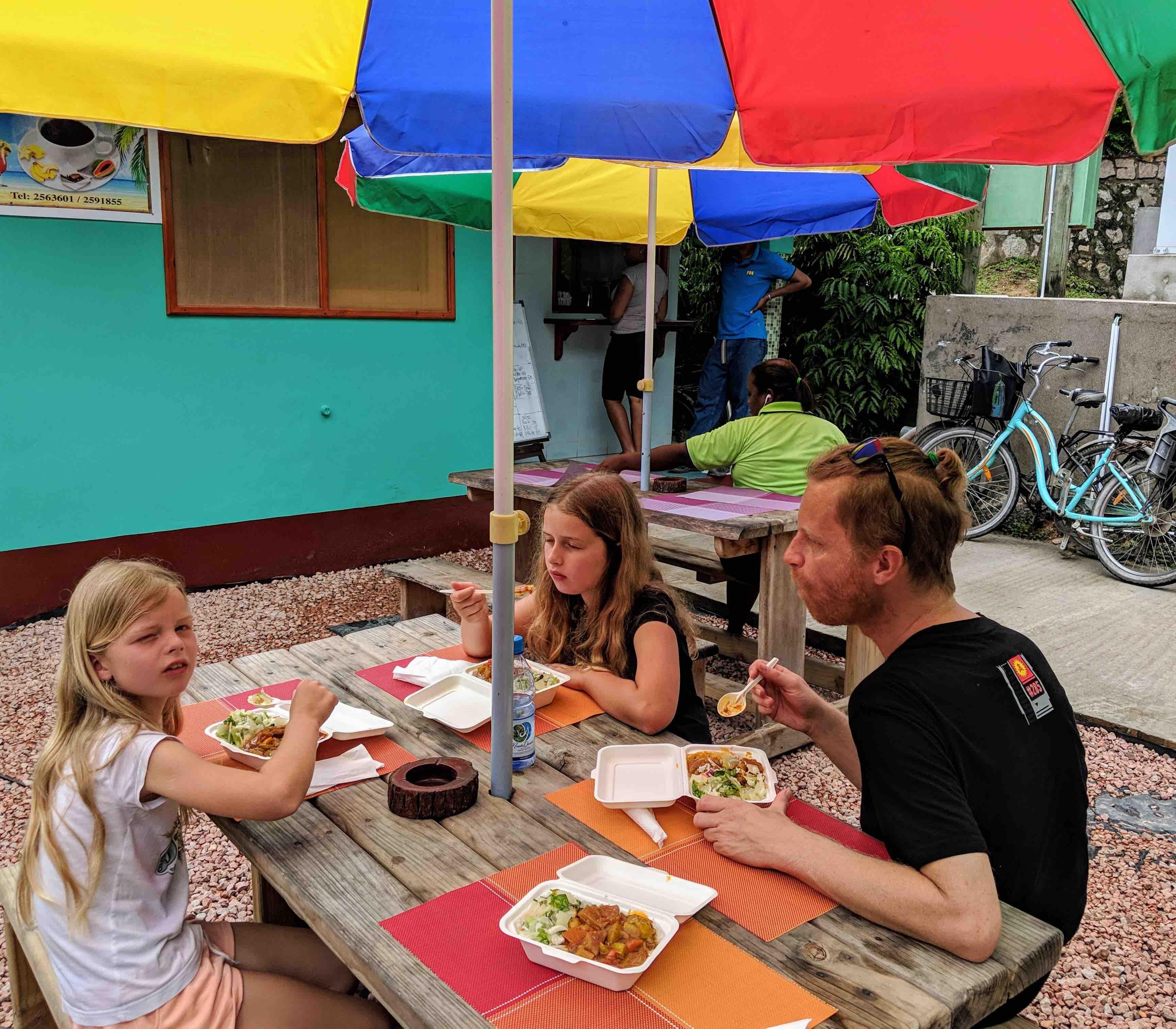 Best take a way La Digue Seychellen